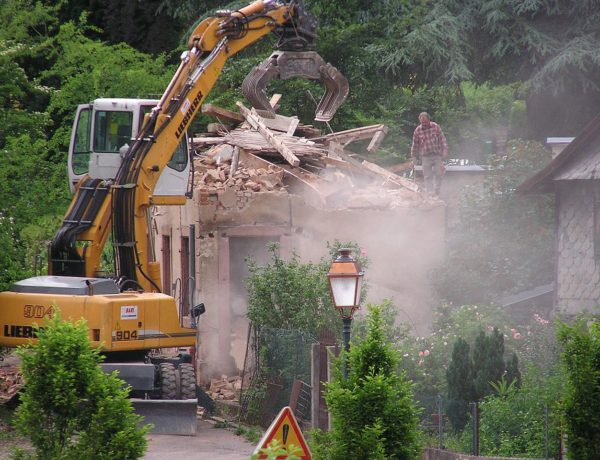 Destruction_d'une_maison_rue_du_foulon_2_-_panoramio